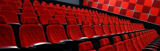 هیجان تماشای فیلم در پردیس سینمایی ایران مال